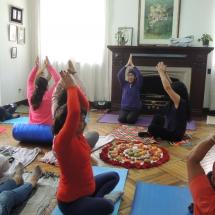Taller Cuidado a traves del Yoga Restaurativo 032