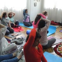 Taller Cuidado a traves del Yoga Restaurativo 038